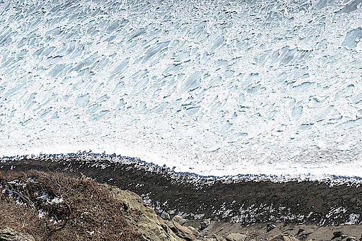 Ellie Teramoto - White Ocean