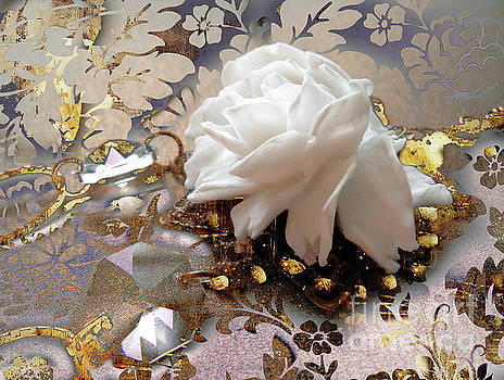 Tina Lavoie - Winter Rose, Golden Light Jewelry Fantasy Art