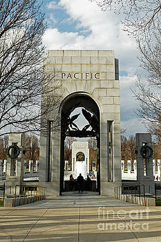 World War II Memorial in Washington by Natural Focal Point Photography