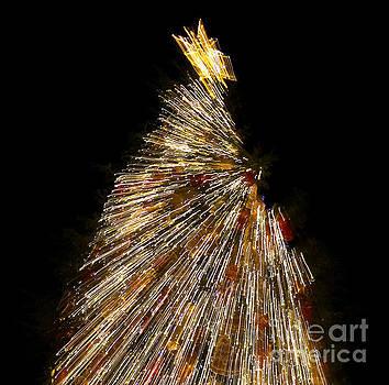 Xmas Tree Motion Art by Iryna Liveoak