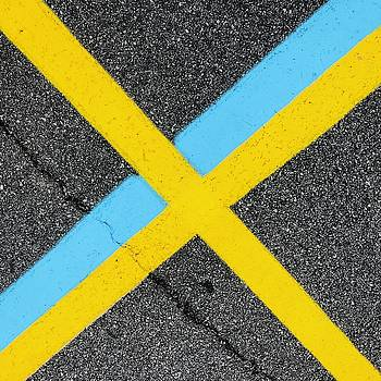 Yellow X over Blue Stripe by Douglas Fromm