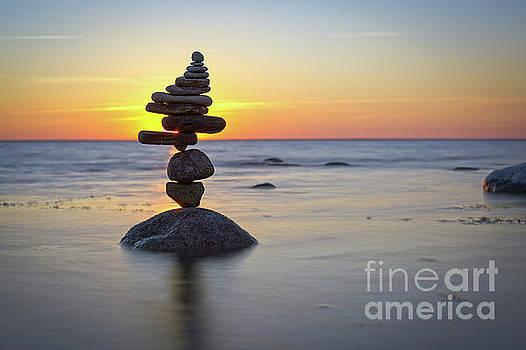 Zen stack #14 by Pontus Jansson