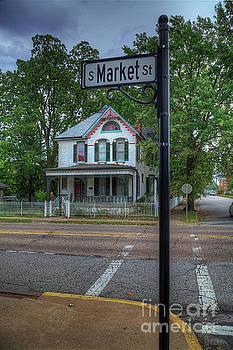 Larry Braun - House on the Corner