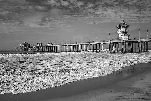 Cliff Wassmann - Huntington Beach Pier in Black and White