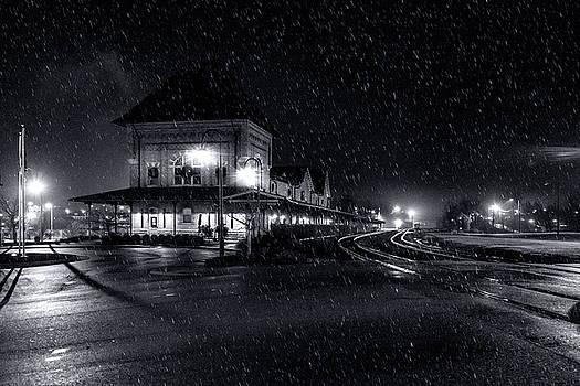 Sharon Popek - Rainy Train Station