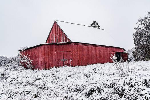 Sharon Popek - Red Barn in Snow