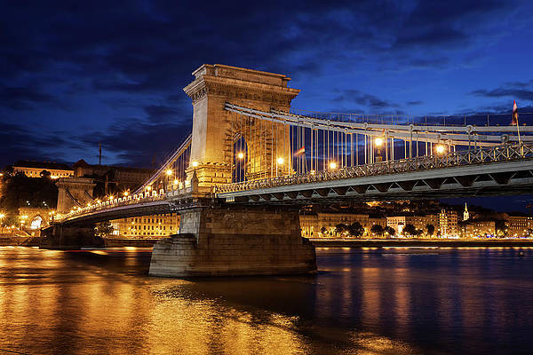 Budapest Van-Go Paint-By-Number Kit Széchenyi Chain Bridge at Night