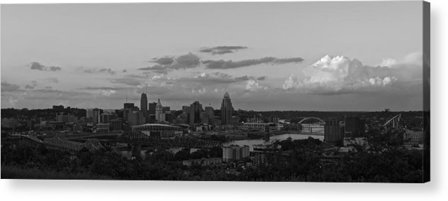 Cincinnati Ohio Acrylic Print featuring the photograph Cincinnati by Wesley West