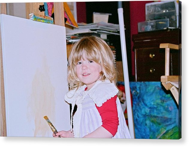 Children Photographs Acrylic Print featuring the photograph Emerging Artist by Jerry Hanks