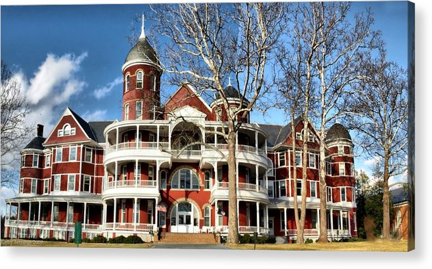 College. Buena Vista Acrylic Print featuring the photograph Southern Virginia University by Kathy Jennings