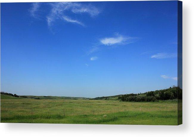 Alberta Prairie Farm Acrylic Print featuring the photograph Wide Open Alberta Prairies by Jim Sauchyn