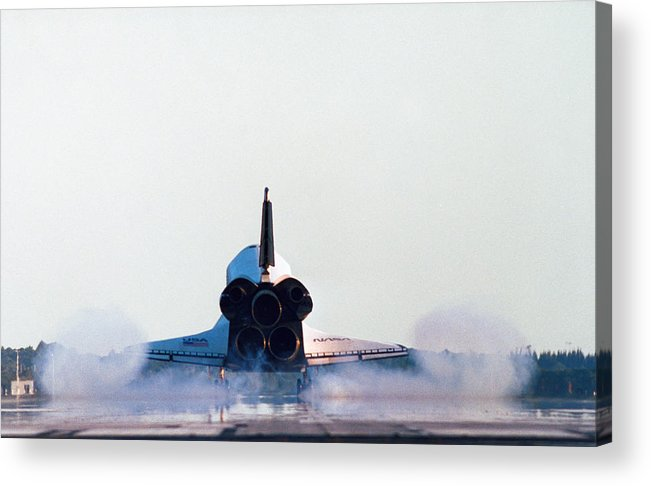 Horizontal Acrylic Print featuring the photograph Rear View Of The Landing Of The Space Shuttle by Stockbyte