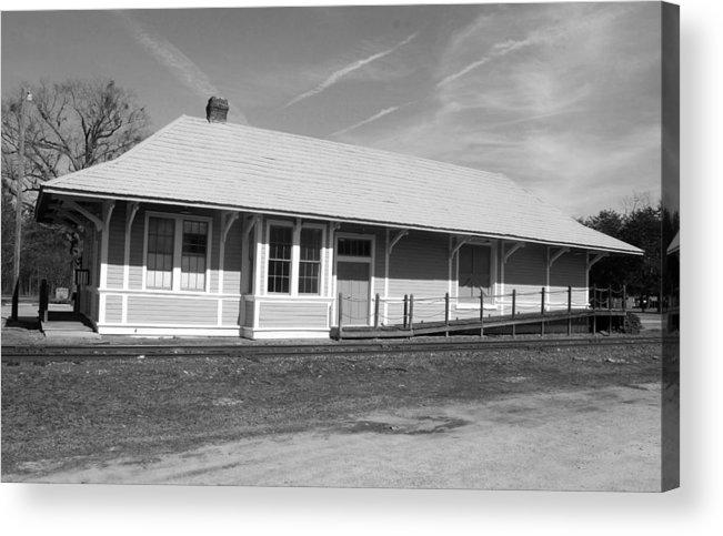 Heath Springs Railroad Depot Acrylic Print featuring the photograph Heath Springs Railroad Depot Bw by Joseph C Hinson