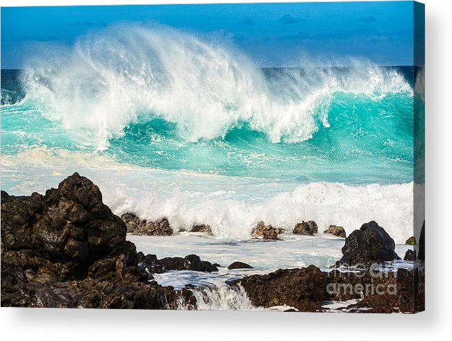 Hookipa Beach Acrylic Print featuring the photograph North Shore Crash by Jamie Pham