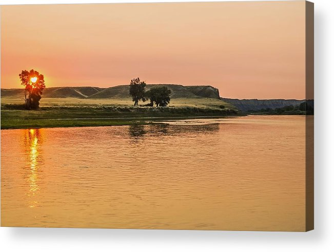 River Sunrise Acrylic Print featuring the photograph Sunrise Over The Missouri Breaks by Larry Bodinson