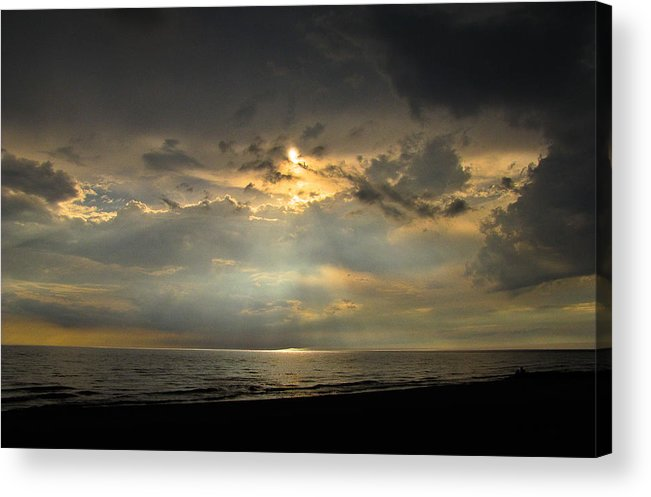 Sunset Acrylic Print featuring the photograph Sun Decent by Jeremy Clark