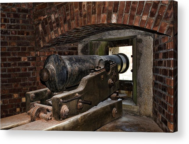 Old Fort Niagara Acrylic Print featuring the photograph 24 Pounder Cannon by Peter Chilelli