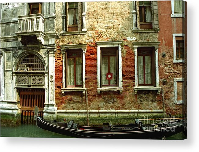 Venice Acrylic Print featuring the photograph Gondola In Front Of House In Venice by Michael Henderson