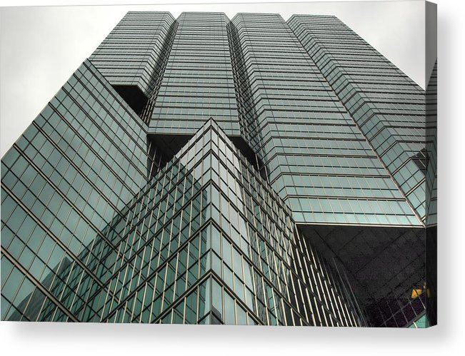 Rcouper Acrylic Print featuring the photograph Sky Scraper2 by Rick Couper