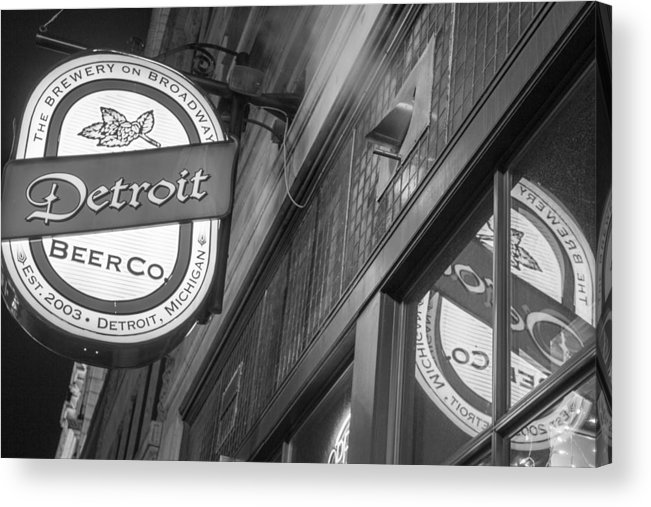 Detroit Acrylic Print featuring the photograph Detroit Beer Company by John McGraw