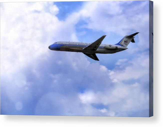 Air Force One Acrylic Print featuring the photograph Air Force One - Mcdonnell Douglas - Dc-9 by Jason Politte