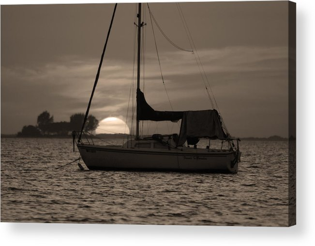 Crystal Beach Acrylic Print featuring the photograph Boater's Sunset by Daniel Woodrum
