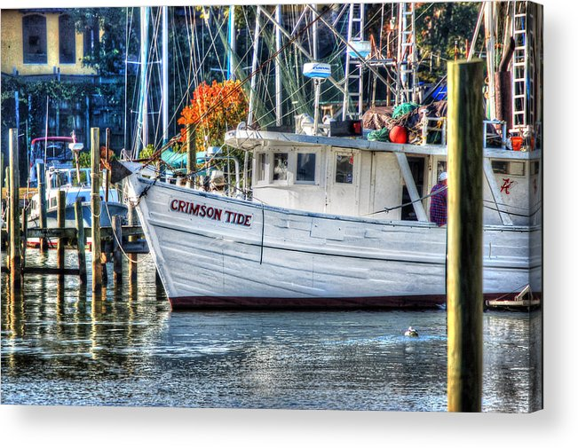 Alabama Acrylic Print featuring the painting Crimson Tide In Harbor by Michael Thomas