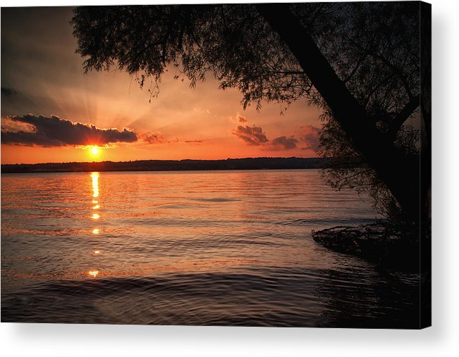 Sunset Acrylic Print featuring the photograph End Of A Good Day by Straublund Photography