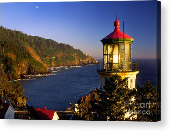America Acrylic Print featuring the photograph Heceta Head Moonrise by Inge Johnsson