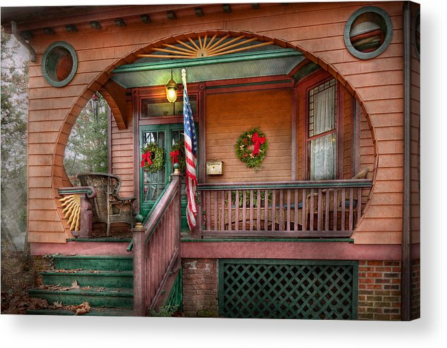 Victorian Acrylic Print featuring the photograph House - Porch - Metuchen Nj - That Yule Tide Spirit by Mike Savad