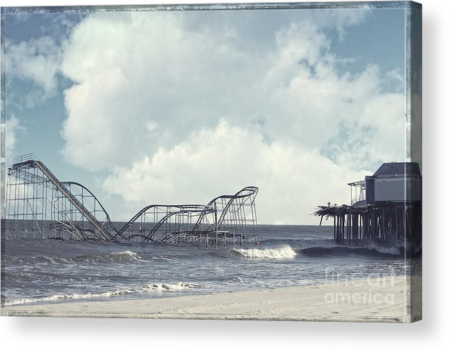 Sandy Acrylic Print featuring the photograph Jet Star by Amanda Stevens
