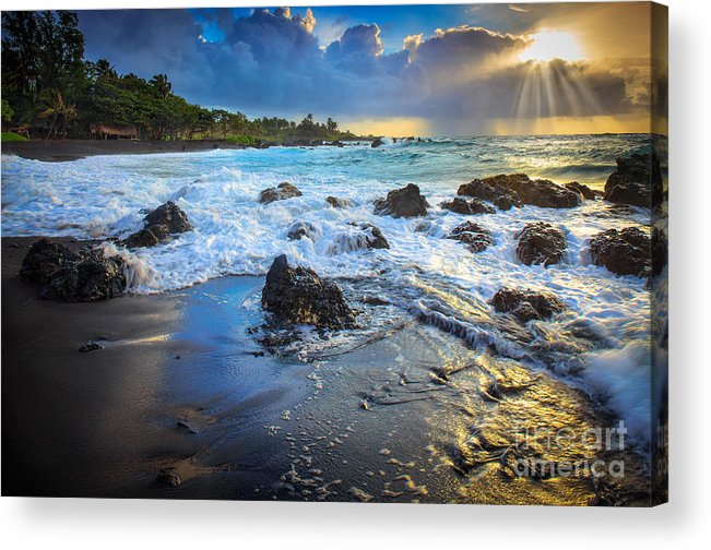 America Acrylic Print featuring the photograph Maui Dawn by Inge Johnsson