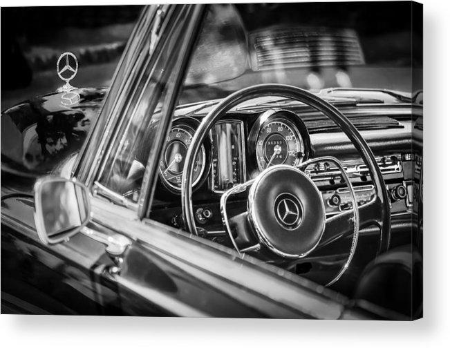 Mercedes-benz 250 Se Steering Wheel Emblem Acrylic Print featuring the photograph Mercedes-benz 250 Se Steering Wheel Emblem by Jill Reger
