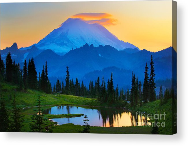 Mount Rainier Acrylic Print featuring the photograph Mount Rainier Goodnight by Inge Johnsson