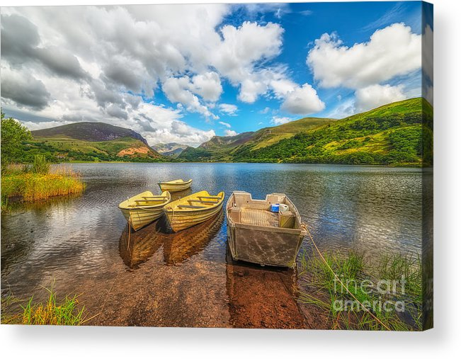 Hdr Acrylic Print featuring the photograph Nantlle Lake by Adrian Evans