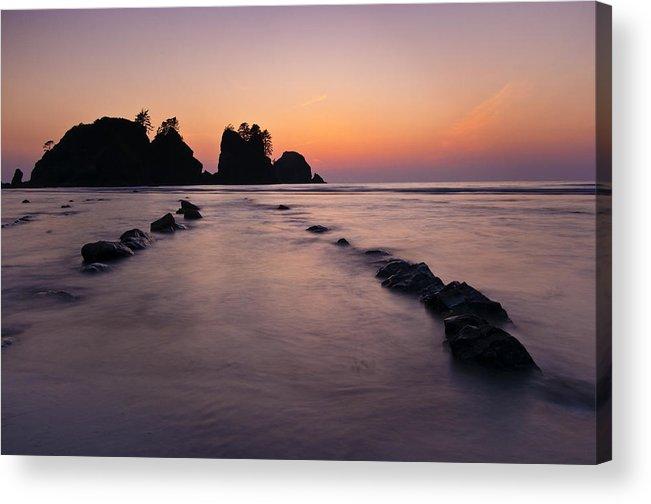 Shi Shi Beach Acrylic Print featuring the photograph Shi Shi Beach Point Of Arches by Greg Vaughn
