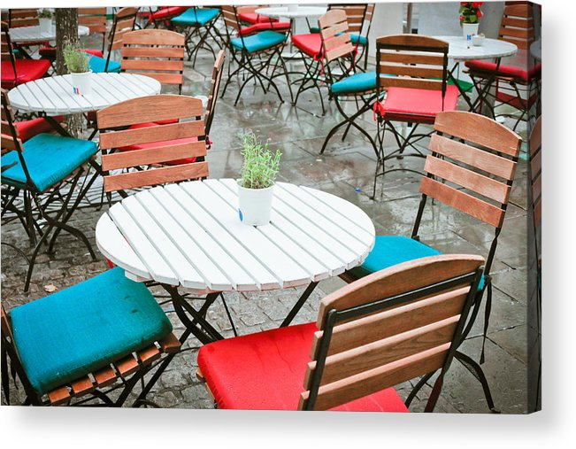 Al Fresco Acrylic Print featuring the photograph Tables And Chairs by Tom Gowanlock