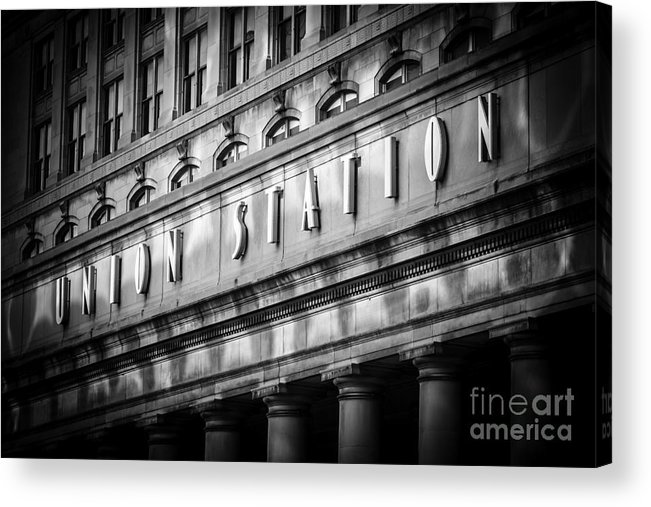 America Acrylic Print featuring the photograph Union Station Chicago Sign In Black And White by Paul Velgos