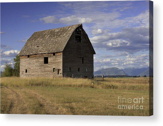 Big Sky Acrylic Print featuring the photograph Old Big Sky Barn by Sandra Bronstein