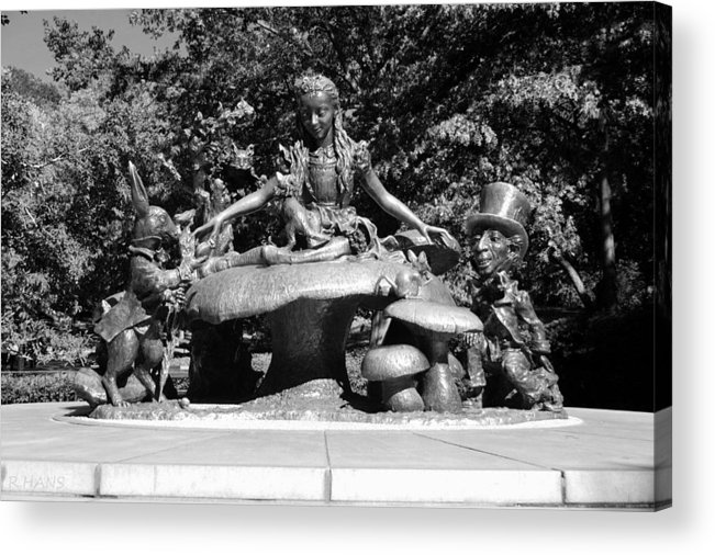 Central Park Acrylic Print featuring the photograph Alice In Wonderland In Central Park In Black And White by Rob Hans