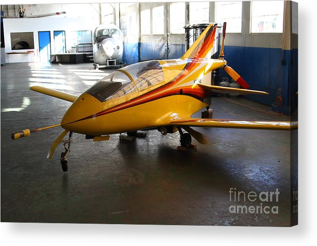 Airplane Acrylic Print featuring the photograph Bede 5 . Bd5-b . Kit Airplane Using Honda And Mazda Engines . 7d11166 by Wingsdomain Art and Photography