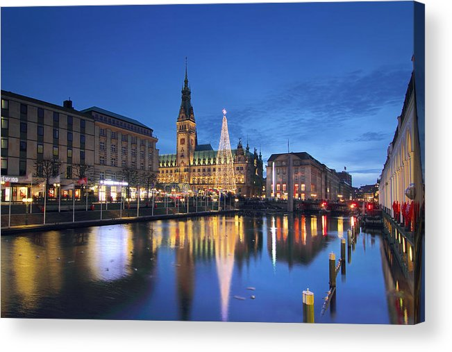 Christmas Acrylic Print featuring the photograph Christmas In Hamburg by Marc Huebner