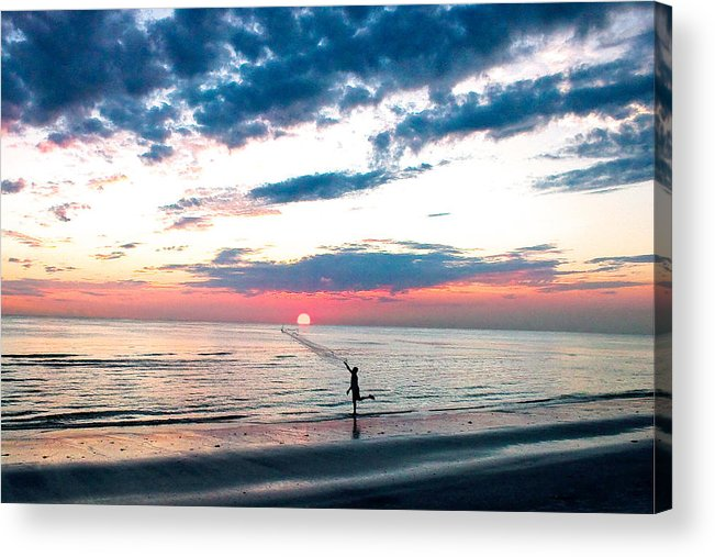 Seaside Acrylic Print featuring the photograph Freeze The Moment by Stephen Warren