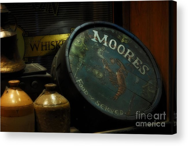 Moore's Tavern After Closing Acrylic Print featuring the photograph Moore's Tavern After Closing by Mary Machare