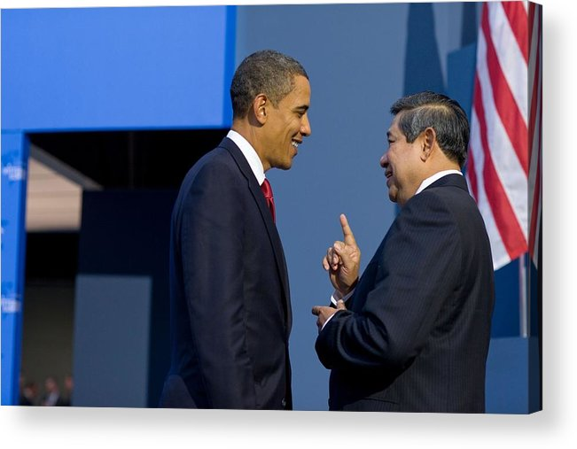 History Acrylic Print featuring the photograph President Obama Talks With Indonesian by Everett