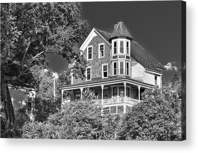 Guy Whiteley Photography Acrylic Print featuring the photograph The Old Homestead by Guy Whiteley
