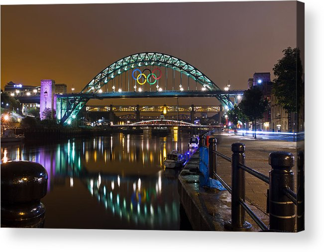 River Tyne Acrylic Print featuring the photograph Tyne Bridge At Night by David Pringle