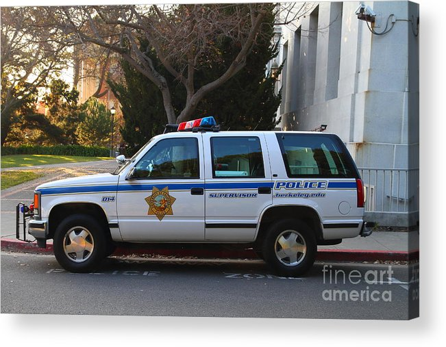 Ucb Campus Police Car Acrylic Print featuring the photograph Uc Berkeley Campus Police Suv . 7d10182 by Wingsdomain Art and Photography