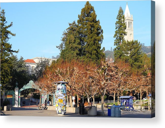 Sproul Plaza Acrylic Print featuring the photograph Uc Berkeley . Sproul Plaza . Sather Gate And Campanile Tower . 7d9996 by Wingsdomain Art and Photography