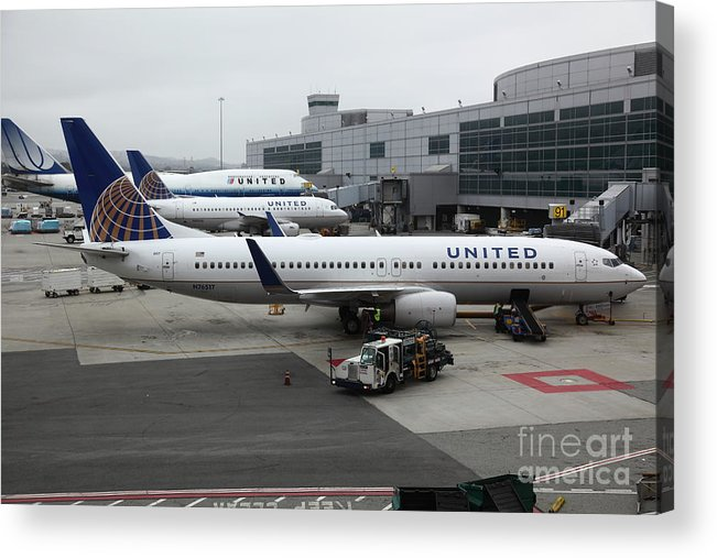 United Acrylic Print featuring the photograph United Airlines At Foggy Sfo International Airport . 5d16937 by Wingsdomain Art and Photography